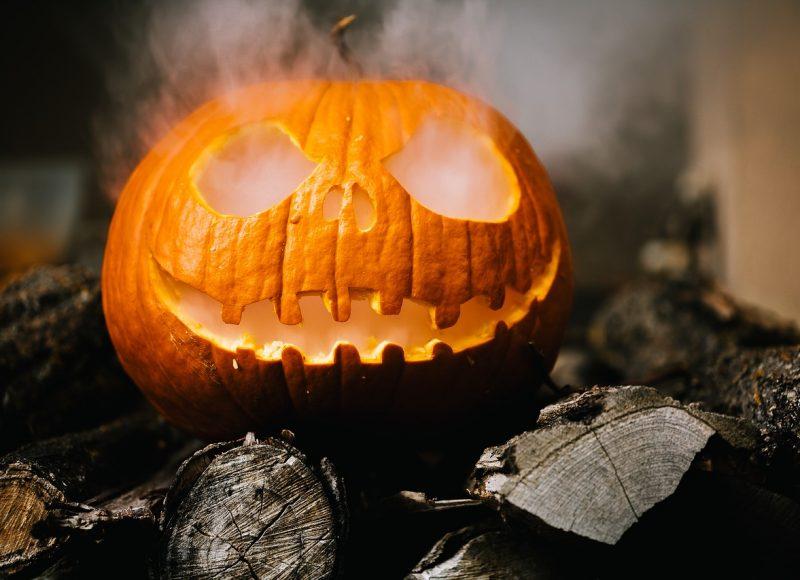 5 ταινίες που πρέπει να δείτε ανήμερα του Halloween
